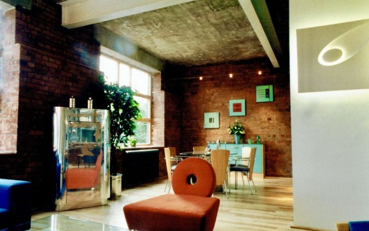 Show Flat in a Converted Warehouse in Clerkenwell