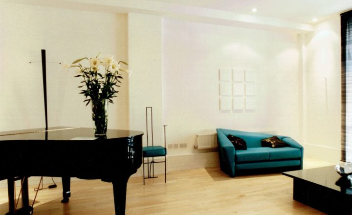 2 Bedroom Show Flat in the Foundry, London